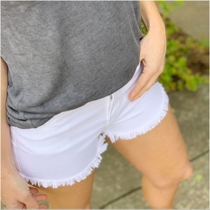 Shorts - ✨LAST ONE✨White cut off shorts